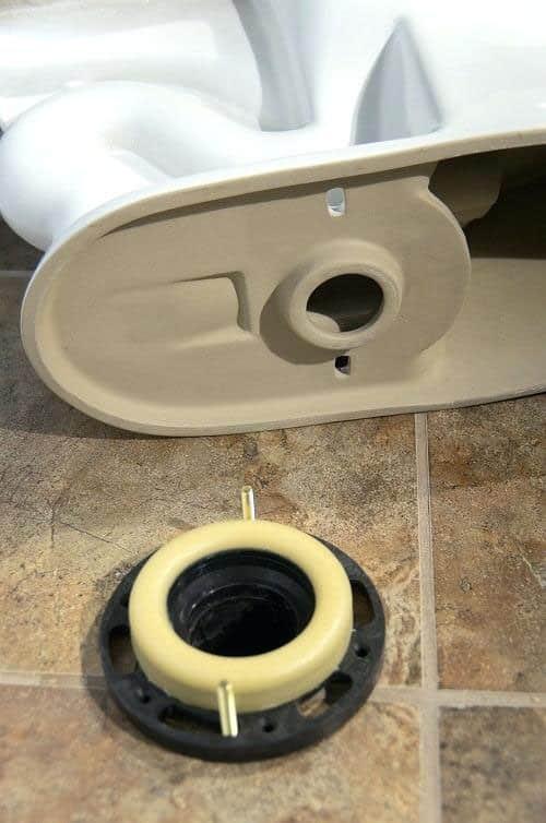 Montaža odvodne cevi za WC šolju