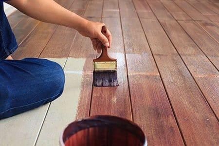 Priprema i čišćenje drveta i metala za bojenje