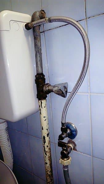 Zamena glavnog ventila u kupatilu